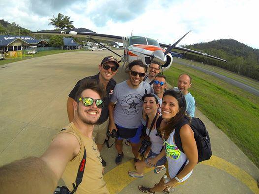 Noi e il nostro capitano Andy.  Whitsundays Island, Queensland. Australia. Escursioni, informazioni emozioni (in volo e in mare)