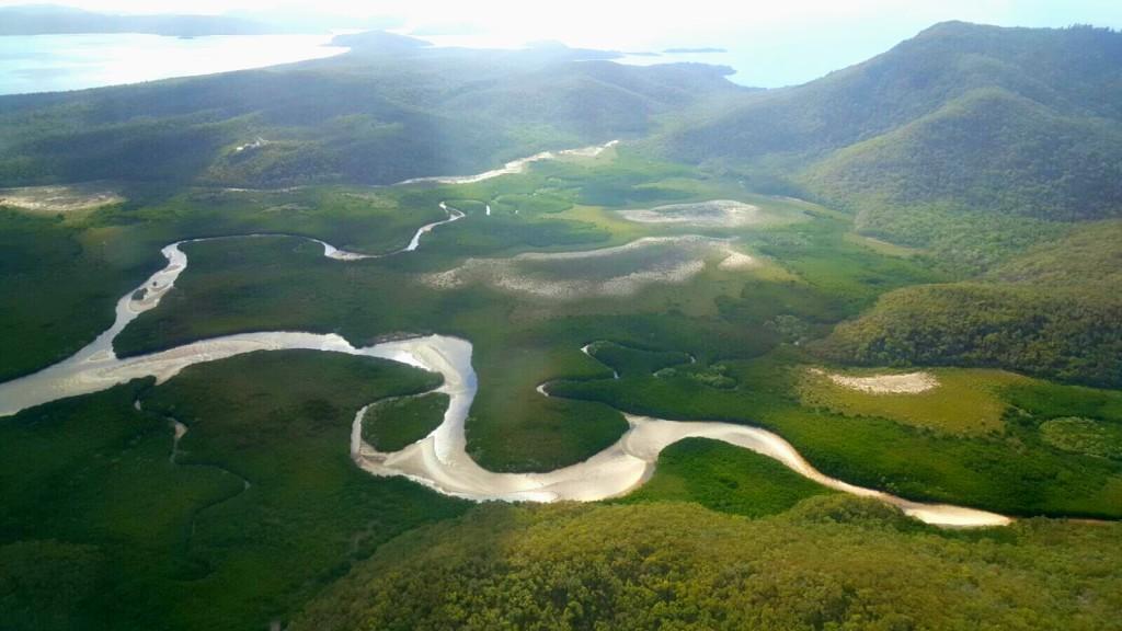 Splendide isole verdi. Whitsundays Island, Australia. Escursioni, informazioni emozioni (in volo e in mare)