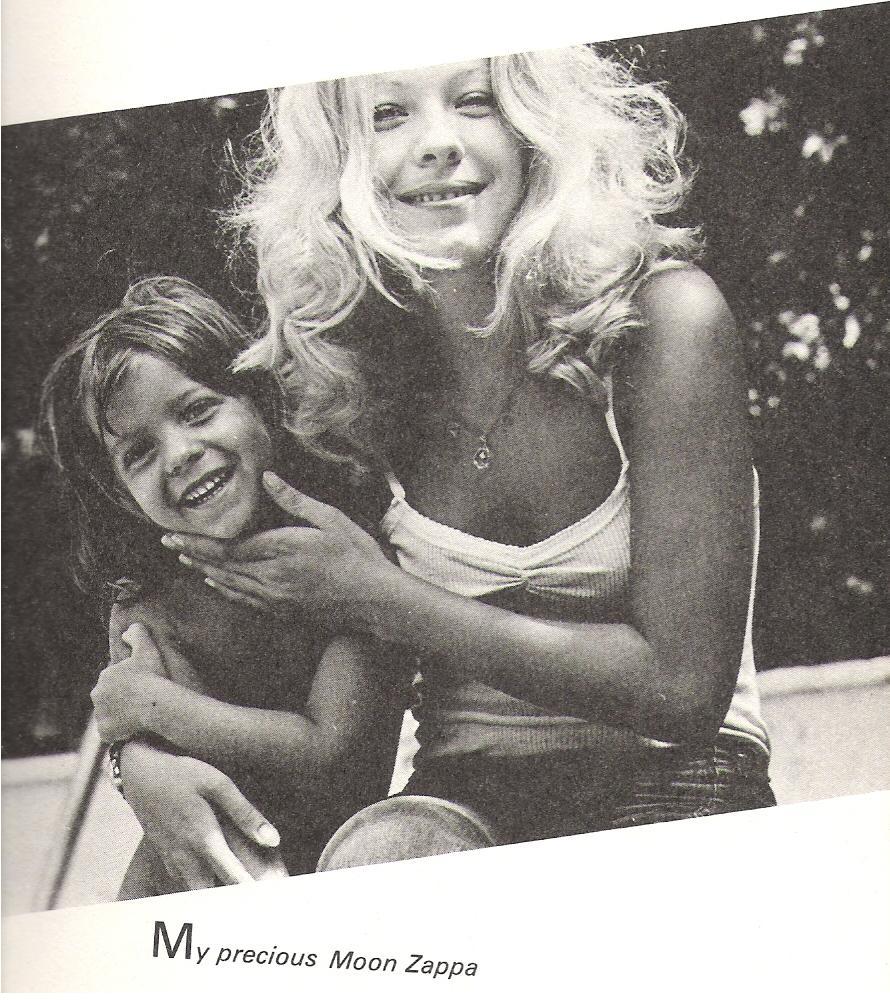 Pamela des Barres con la Figlia di Frank Zappa